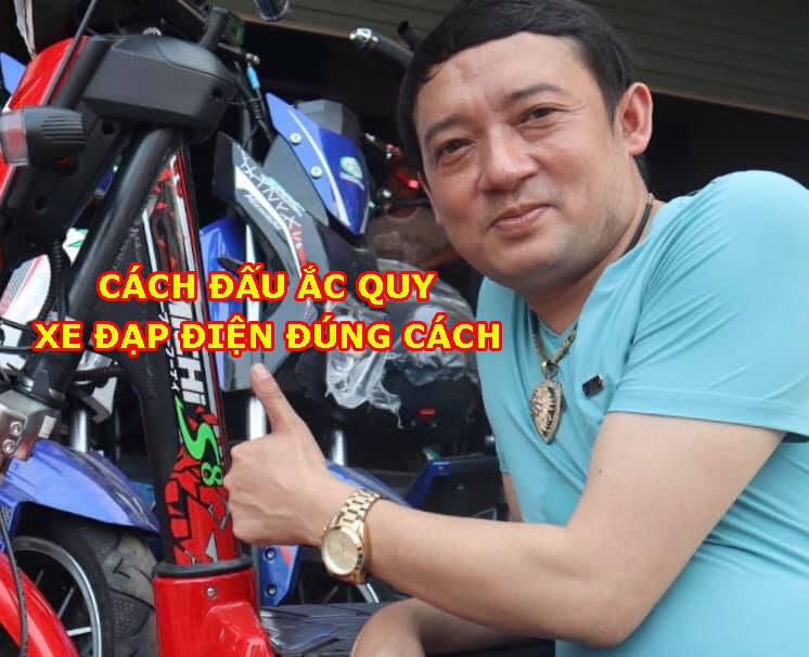 cach-dau-ac-quy-xe-dap-dien